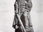 Евгений Вучетич. Воин-освободитель. 1946 - 1949. Бронза. Высота 13 м. Берлин